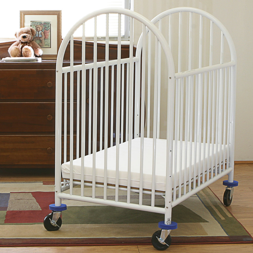 l a baby 24 x 38 white deluxe arched mini crib with 3 mattress. Black Bedroom Furniture Sets. Home Design Ideas