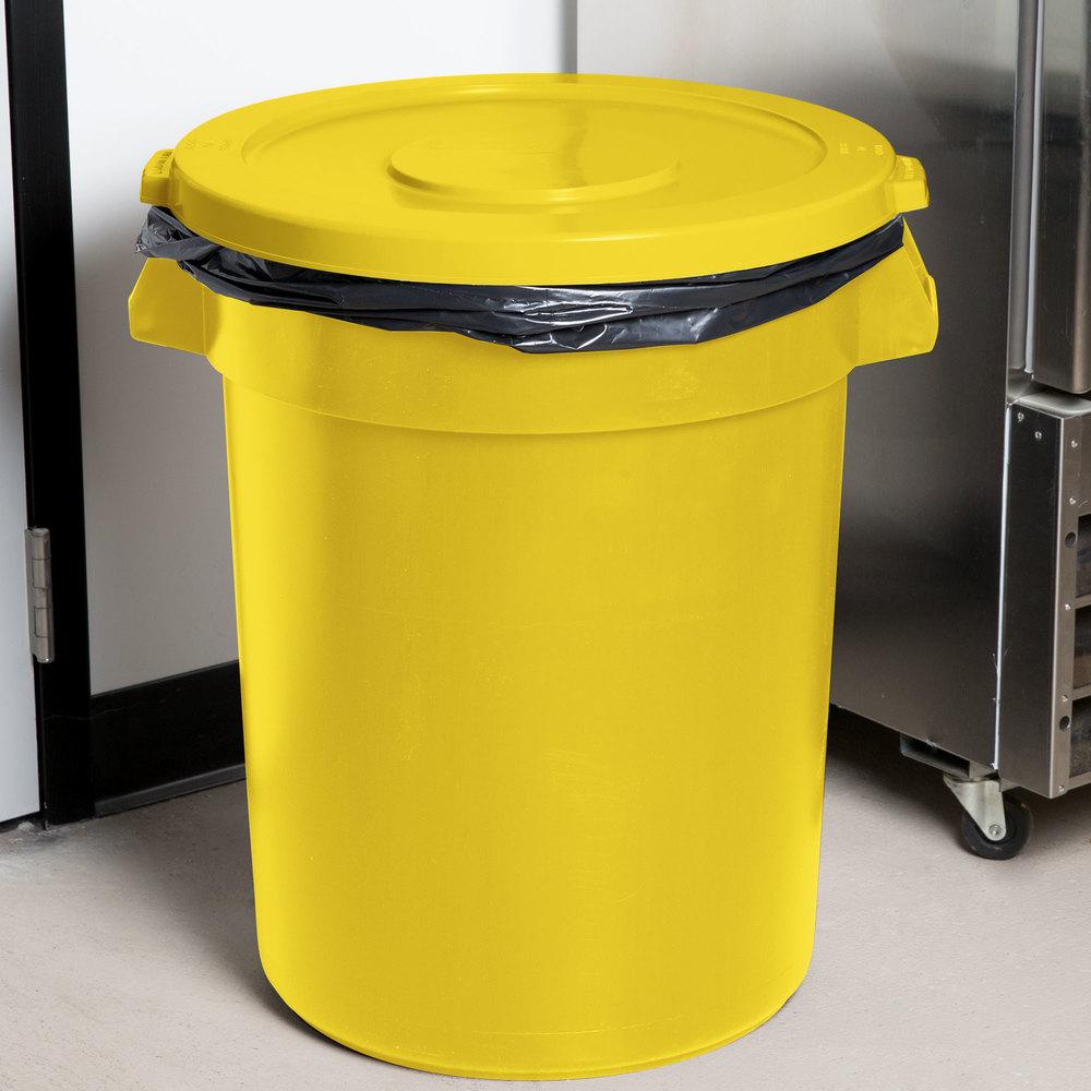 32 gallon yellow trash can lid. Black Bedroom Furniture Sets. Home Design Ideas
