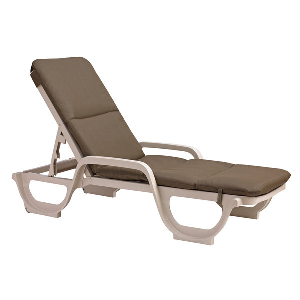 Outdoor chaise lounges sling chairs - Grosfillex chaise longue ...