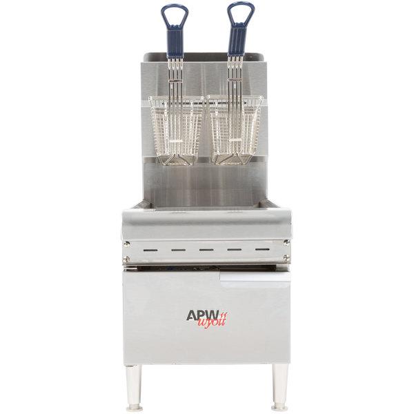 APW Wyott APWF-15C 15 lb. Gas Countertop Fryer - 40,000 BTU