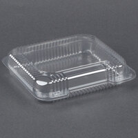 Dart Solo C51UTS StayLock 8 1/4 inch x 7 3/4 inch x 2 inch Clear Hinged Plastic Medium Shallow Container - 125 / Pack