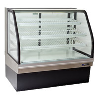 Master-Bilt CGB-77 77 inch Curved Glass Refrigerated Bakery Display Case - 32 cu. ft.