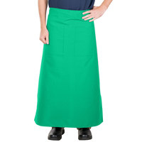38 inch x 33 1/2 inch Green Two Pocket Poly-Cotton Bistro Apron