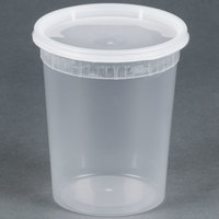 32 oz. Microwavable Translucent Plastic Deli Container with Lid - 240 / Case