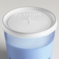 Cambro CL900P Disposable Translucent Lid with Straw Slot for Tumblers - 1000 / Case