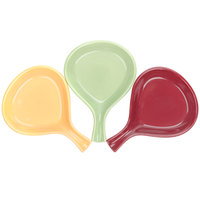 Tuxton DYP-100 DuraTux Assorted Colors 12 oz. Fry Pan Server - 12/Case