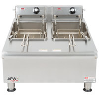 APW Wyott HEF-30-208/240 Heavy Duty 30 lb. Electric Commercial Countertop Deep Fryer - 208/240V