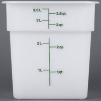 Cambro 4SFSP148 4 Qt. White Square Poly Food Storage Container with Kelly Green-Colored Gradations