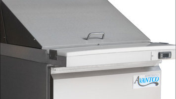 Features of the Avantco SCLM1 27-inch Megatop Prep Table
